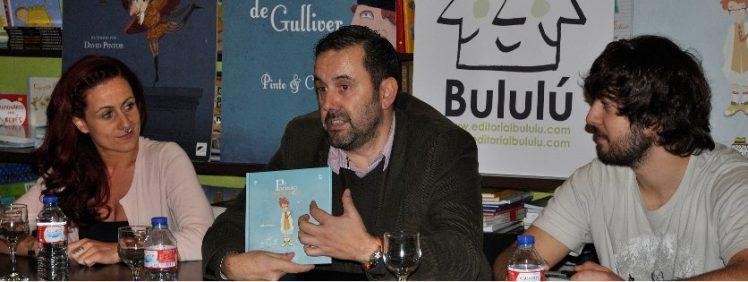 El editor Pablo Zaera,el autor Kike Gómez y la ilustradora Irene Sanjuán.